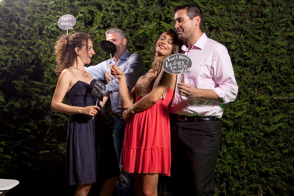 P2Photography_wedding_Greece_Vasilis_Christina_photobooth_030.jpg