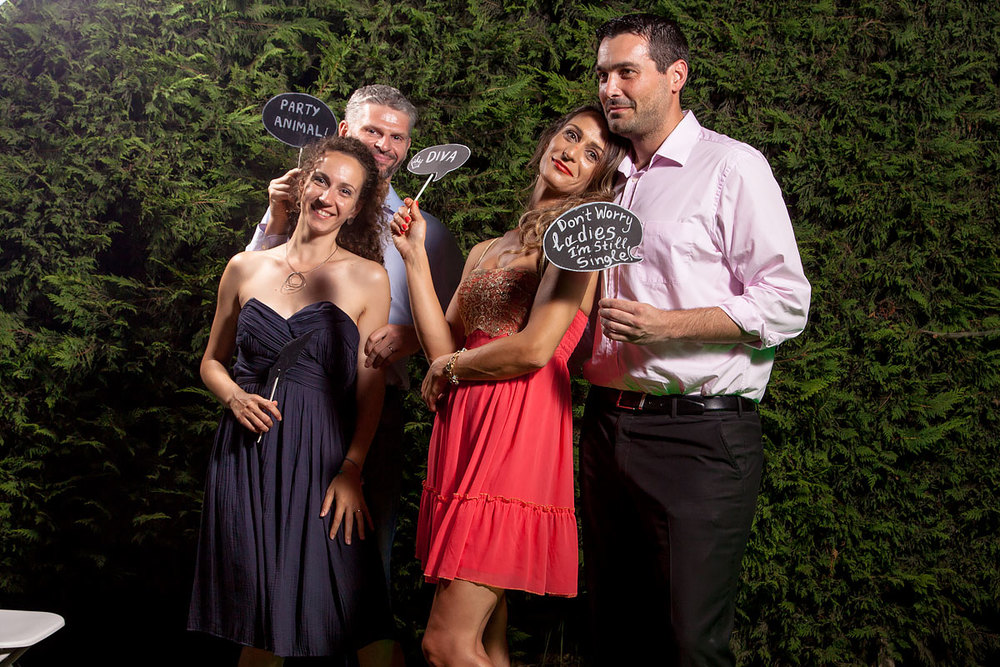 P2Photography_wedding_Greece_Vasilis_Christina_photobooth_031.jpg