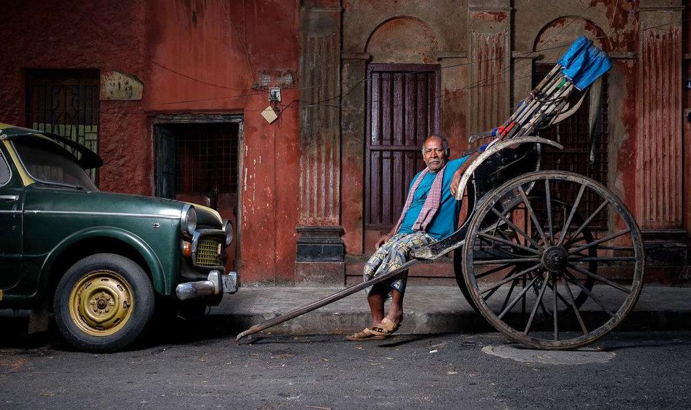 A rickshaw puller taking a break. Image © Matt Brandon. Fujifilm X-T2 | XF 23 mm F1.4 R | 1/125 @ f/6.3 | ISO 200