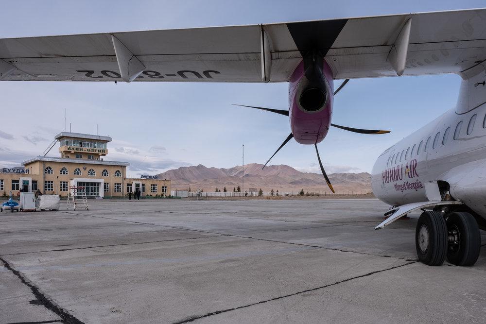 Het was al een tijdje geleden dat ik nog eens in een propeller-vliegtuig gevlogen had!  Fujifilm X-H1 | XF16mmF1.4 R WR | 1/220 @ f/11 | ISO 200