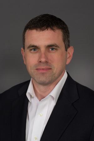 Dave Jones, Principal