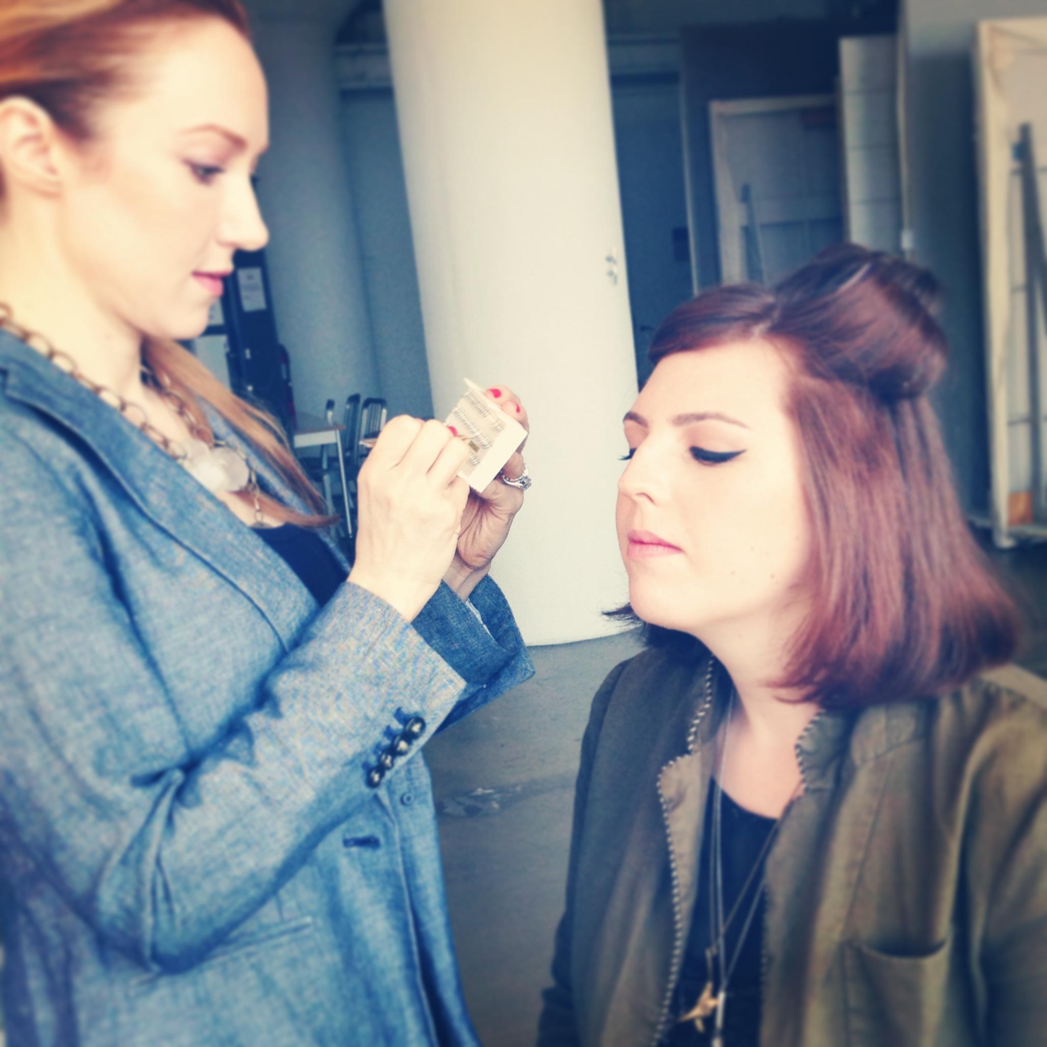 Vanessa doing Red's makeup The Beauty Fairy Cake&Whiskey