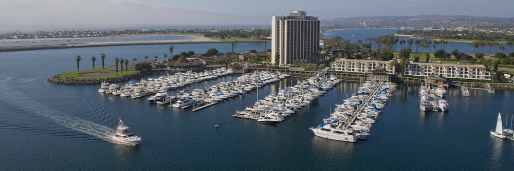 Located in the center of Mission Bay with tons of fun and sun and excitement!