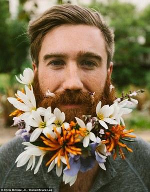 FB-3-hipster+groom+floral+beard+article-2697596-1FBAE3B400000578-608_634x809.jpg