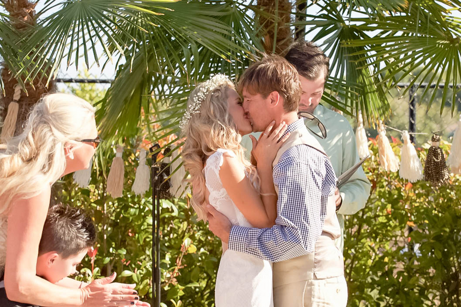 Aschbrenner_Aschbrenner_Elle_Lily_Photography_and_Videography_ceremony3_low.jpg