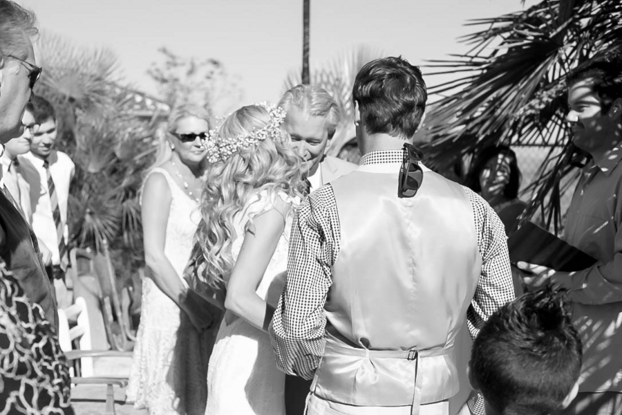 Aschbrenner_Aschbrenner_Elle_Lily_Photography_and_Videography_ceremony14_low.jpg