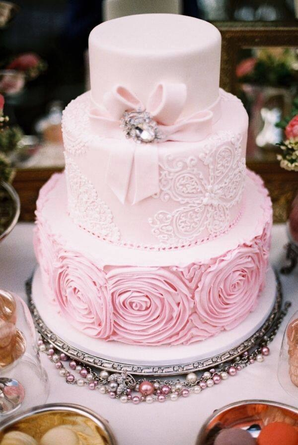 Lace designs on cakes are huge for 2016 weddings