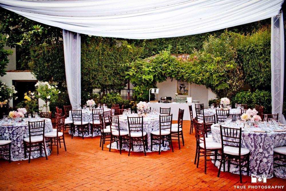 7 flower and nature filled san diego wedding venues that are perfect 7 flower and nature filled san diego wedding venues that are perfect for a romantic spring wedding junglespirit Image collections