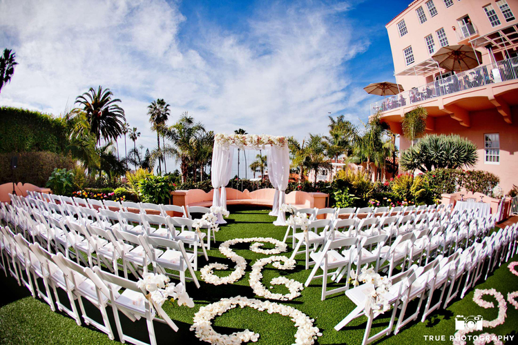 7 flower and nature filled san diego wedding venues that are perfect any self respecting article on garden wedding settings in san diego would have to include the diverse multi gardened san diego botanical gardens formerly junglespirit Gallery