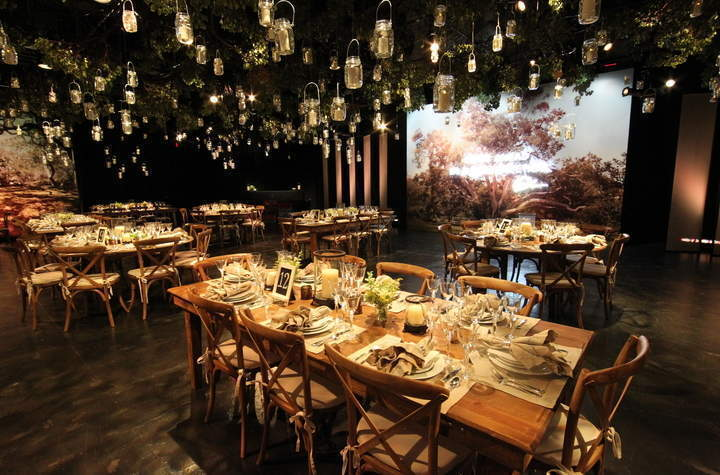 More trending wedding style from Classic Party Rentals - the Casual
