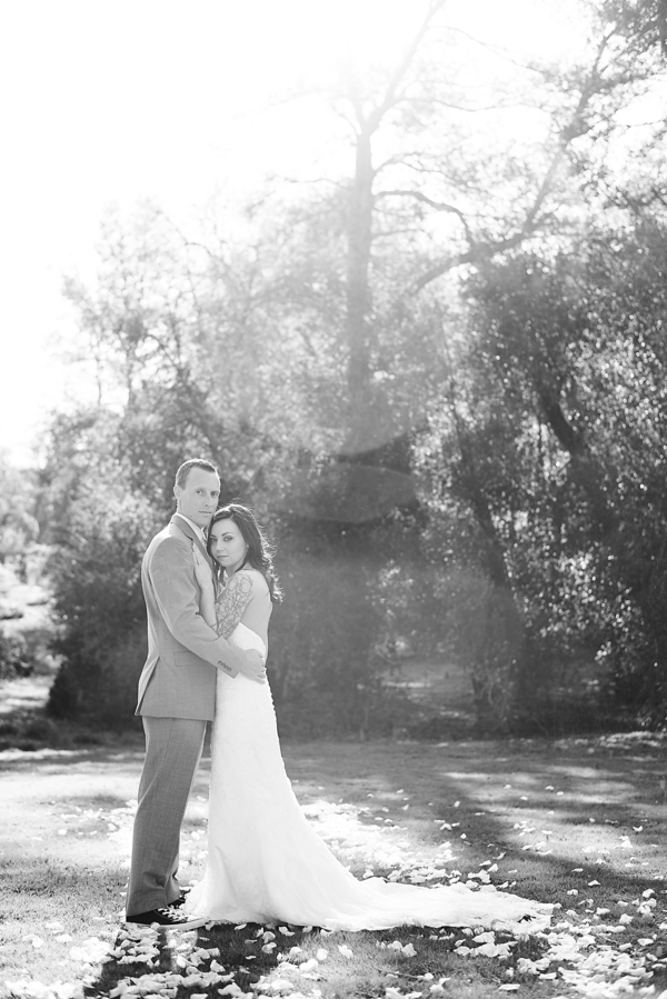Armstrong_Wentworth_BritJayePhotography_BritJayeSubmissionSimlpeDIYJulianWedding46_low.jpg