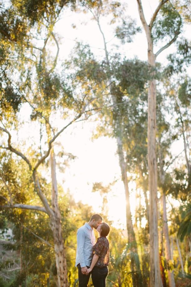kiss standing 0002.jpg