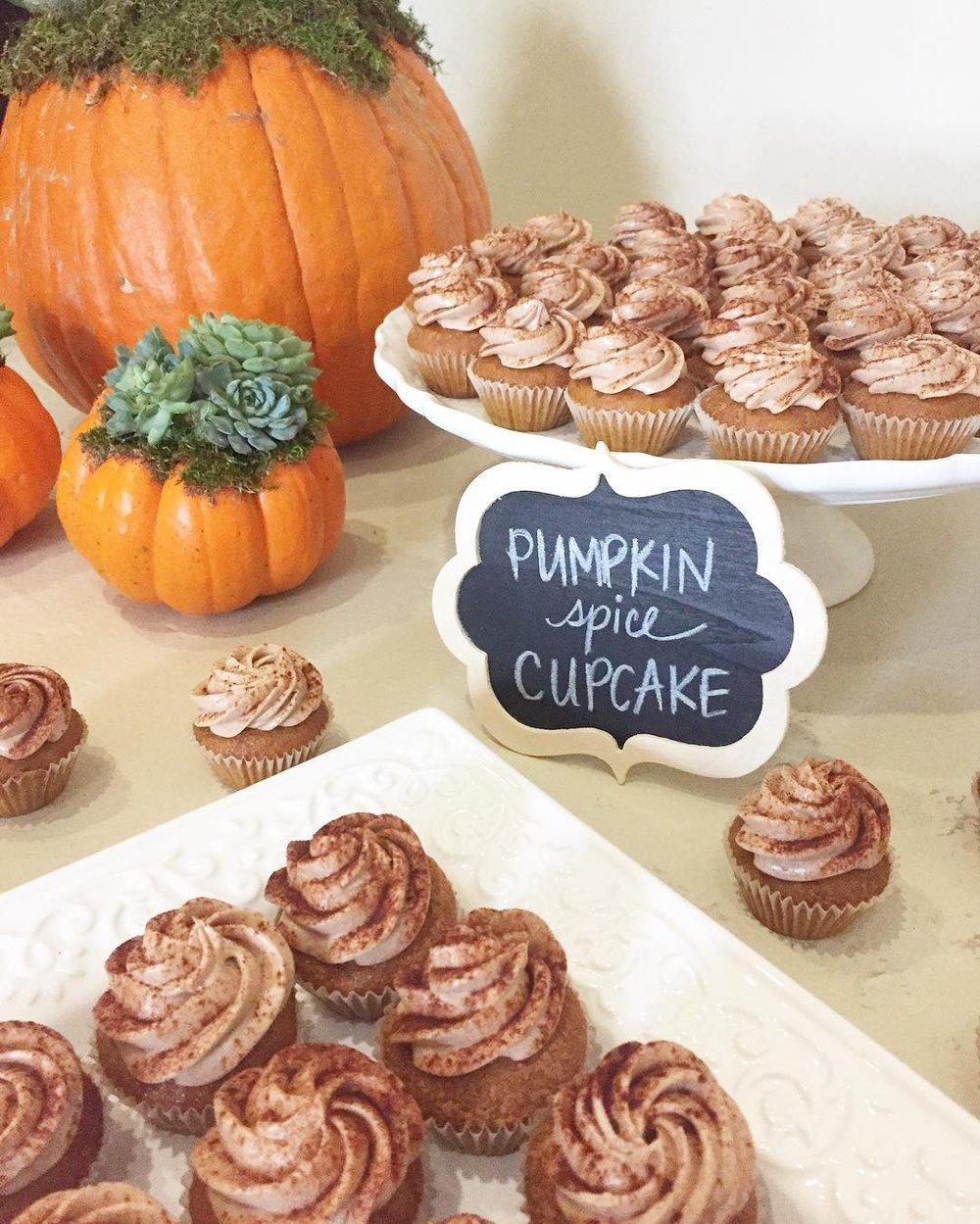 Pumpkin-Spice-Cupcakes.jpg
