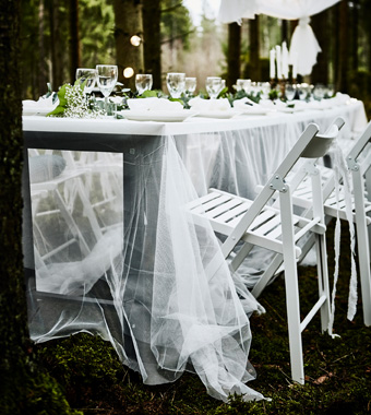 IKEA wedding table setting on a budget__201741_iden04a_03_PH142698.jpg