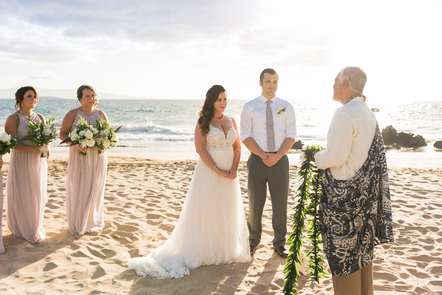 Jager_Laird_KarmaHillPhotography_mauiweddings10_low.jpg