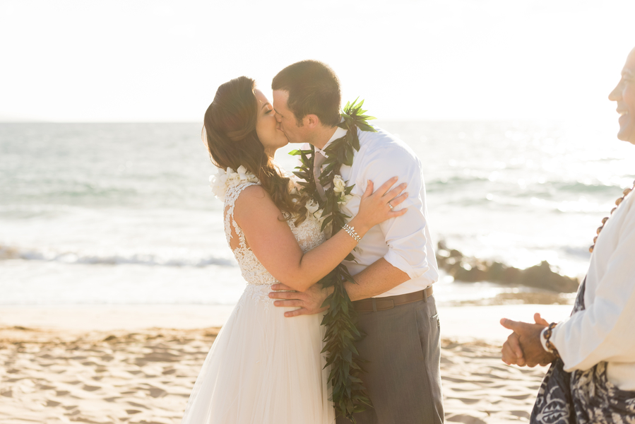 Jager_Laird_KarmaHillPhotography_mauiweddings15_low.jpg