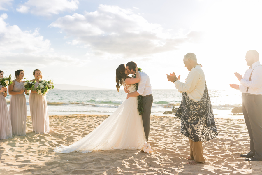 Jager_Laird_KarmaHillPhotography_mauiweddings29_low.jpg