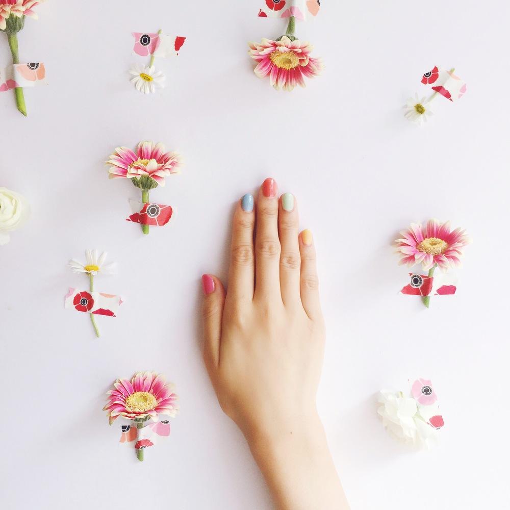 FLOWER MANI