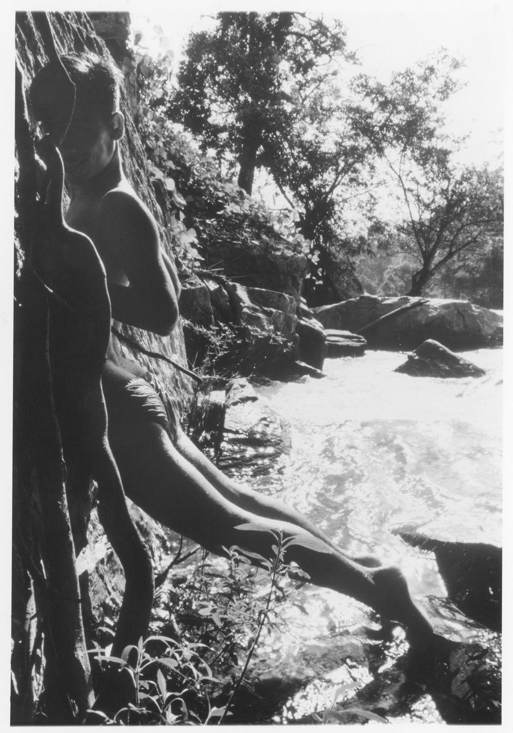 Nok-Thailand-(1989)-2.jpg