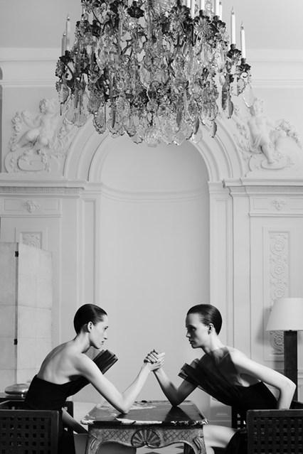 yves-saint-laurent-couture-vogue-2-28jul15-pr_b_426x639.jpg