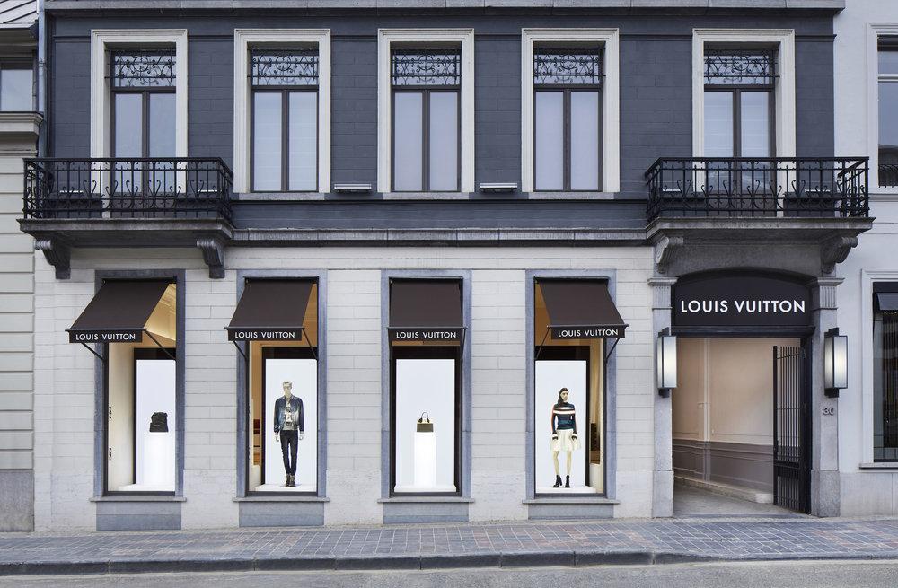 Louis Vuitton - Entrance.jpg