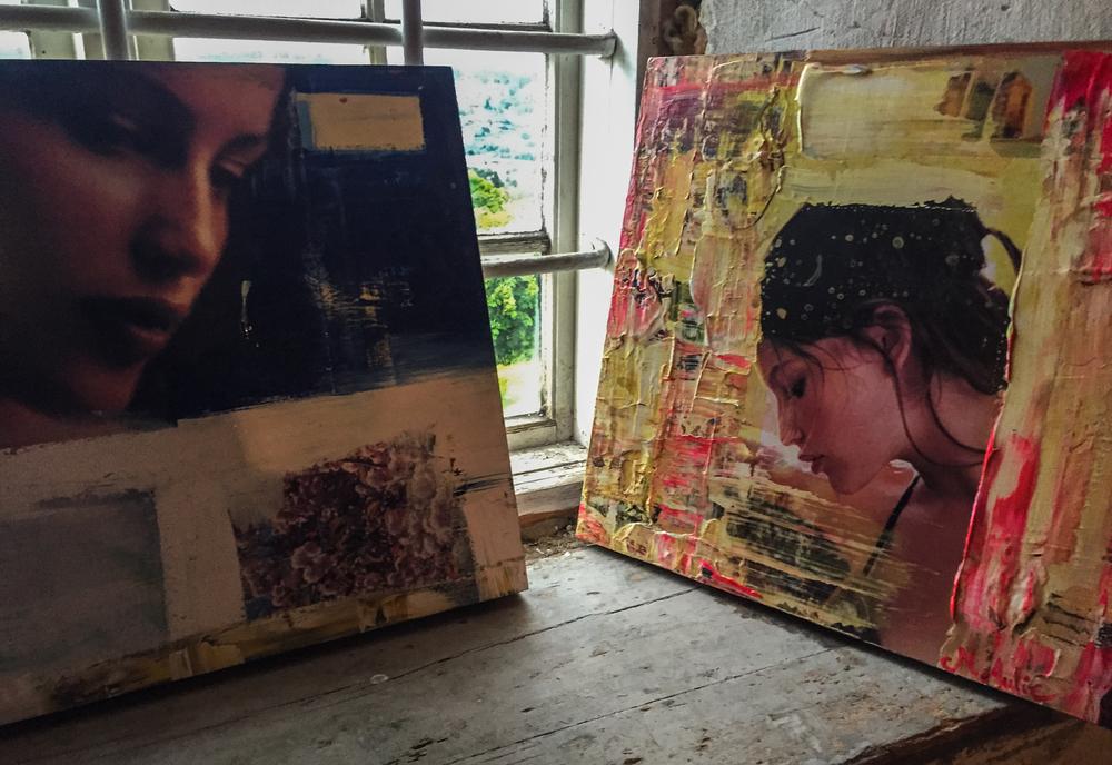 Bak en låvedør påKongsvinger festning kan du plutselig finne en kunstutstilling signert Marianne Auli. Det gjorde i hvert fall jeg.