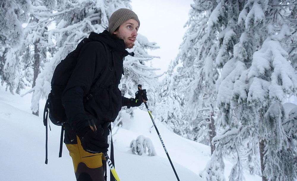 Patrick skuer utover kongeriket.Foto: Bjørnar Eidsmo.