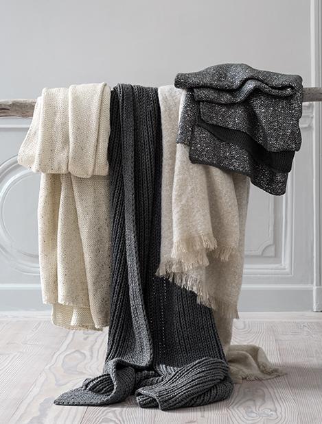 Home+_0019_home_blankets.jpg
