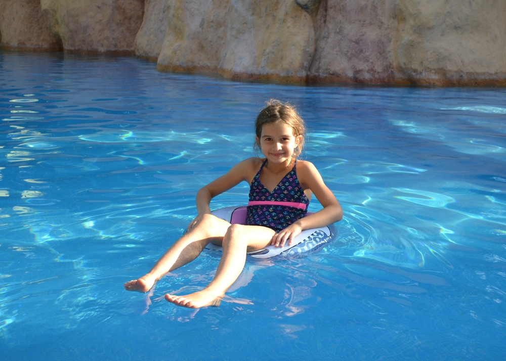 Lili enjoying the pool