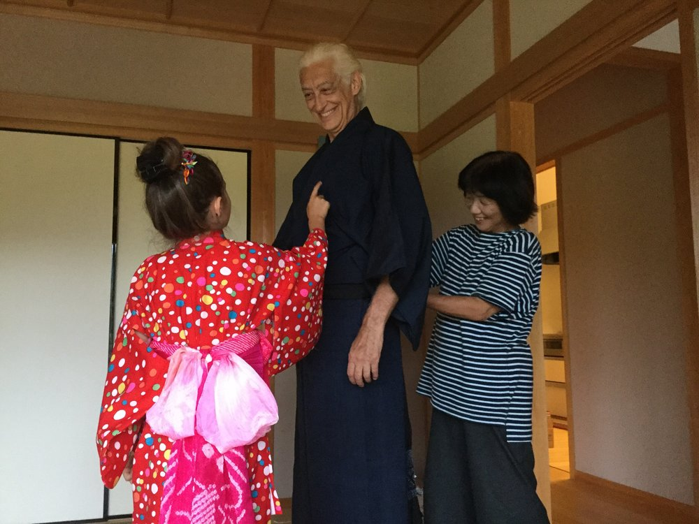 Then Dante got the men's kimono