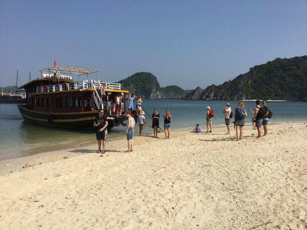 Arriving to Monkey Island