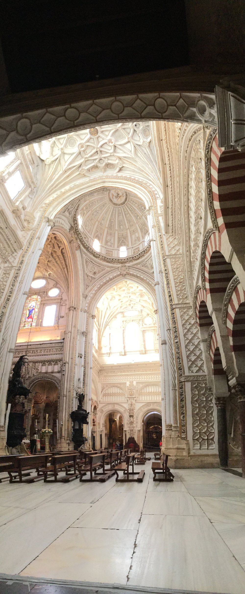 This here is a vertical interior panorama to show the height of the cathedral. Lili took this picture!