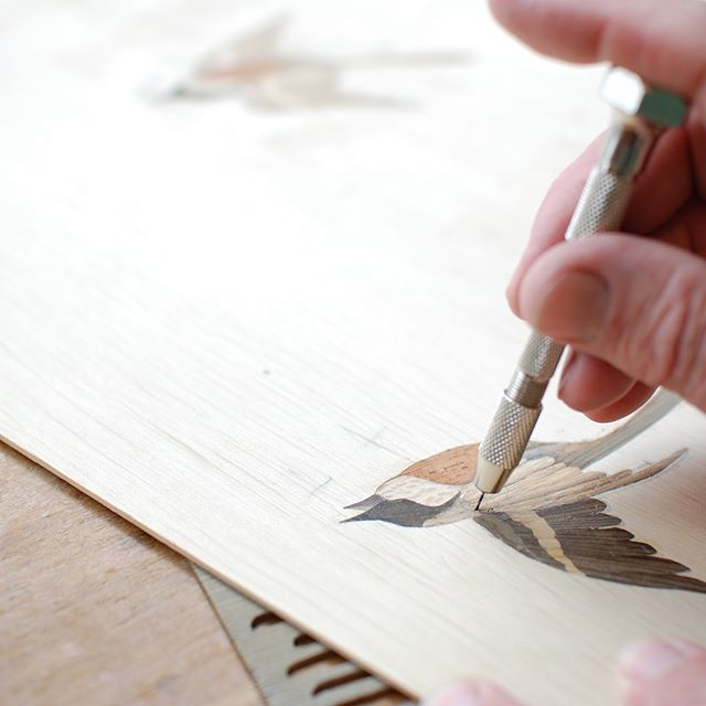 Marquetry with sawn veneers #marquetry