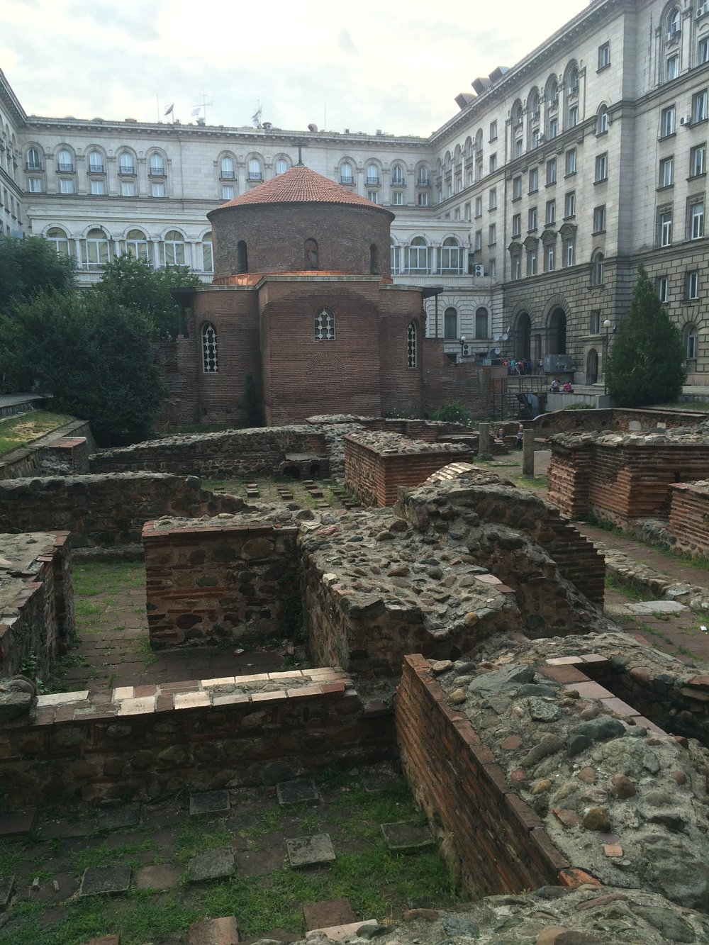 Roman ruins and Ottoman mosque