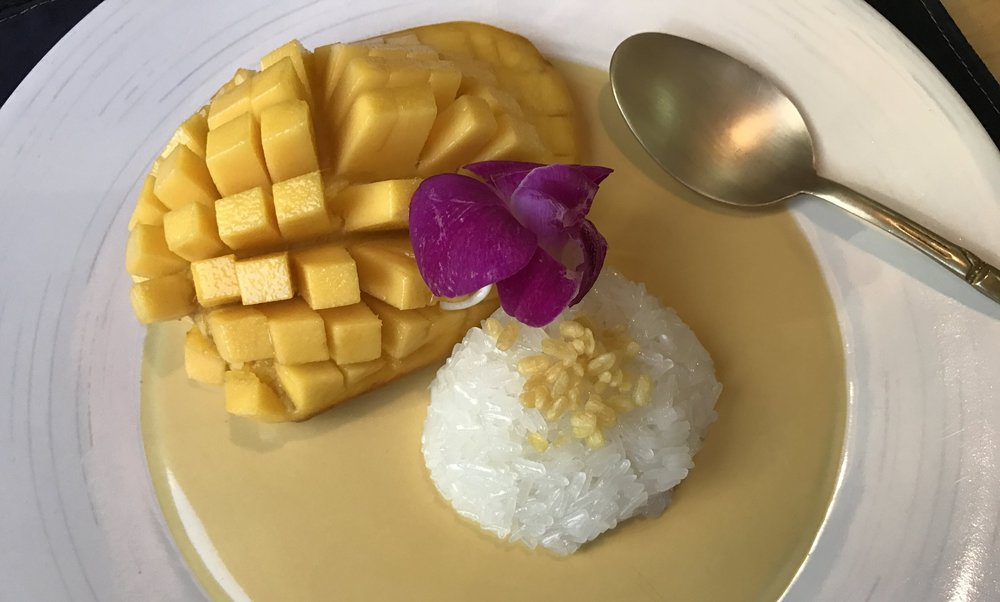 Incomparably delicious: mango sticky rice.