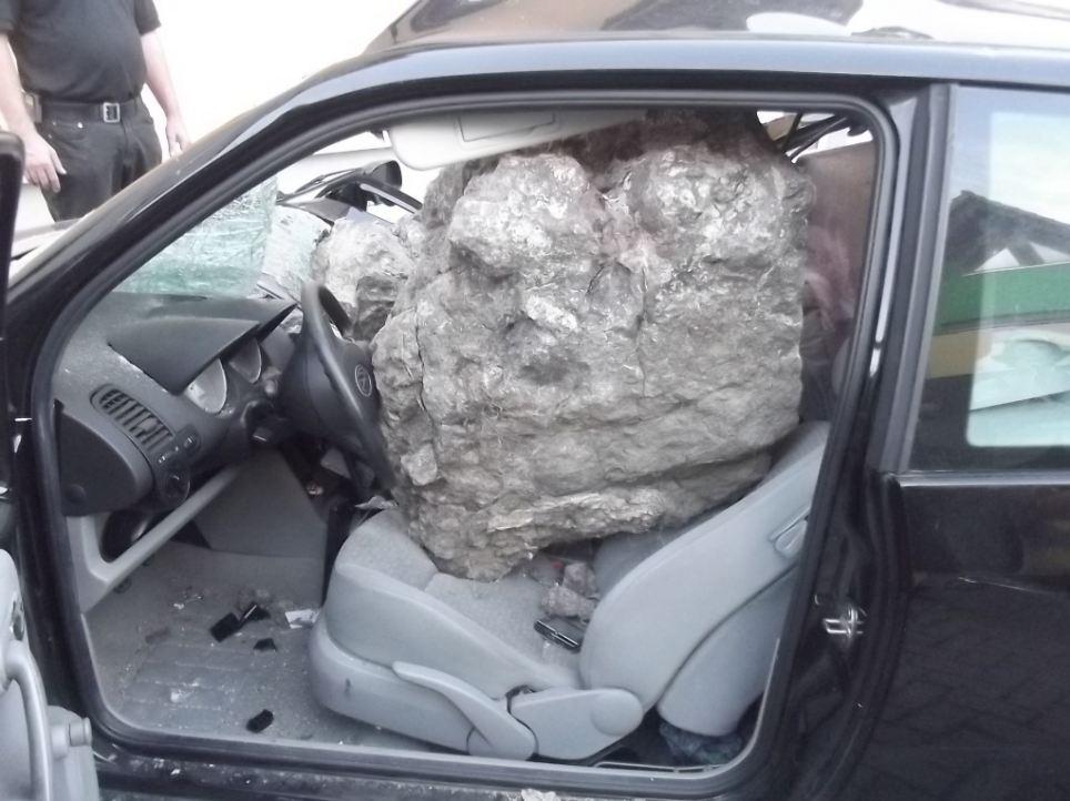 rockhitcar.jpg