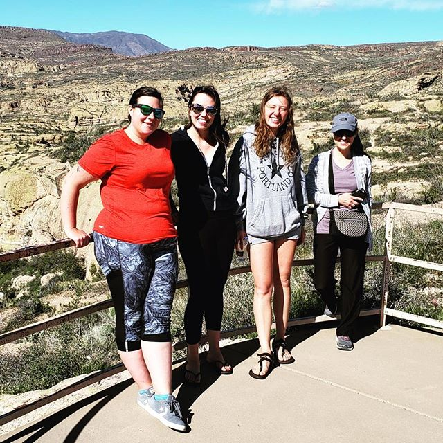 Had a lovely staff outing on the Apache Trail yesterday! #happytimes . . . #nature #naturegram #travel #travelgram #hihostel #hostellife #staffouting #az #arizona #apachetrail #canyonlake