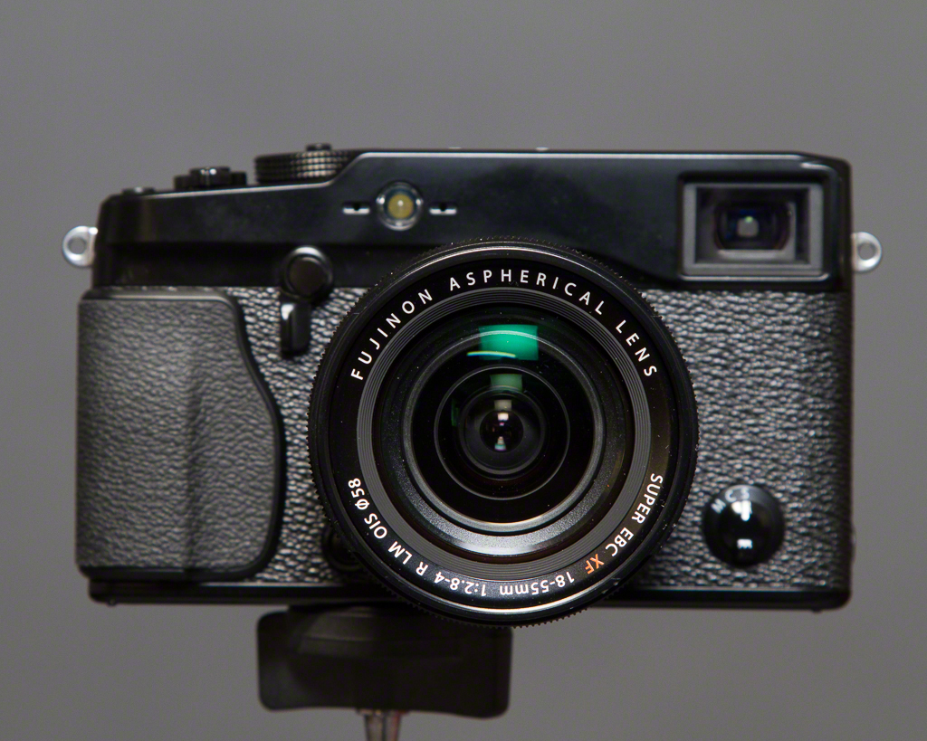 Fujifilm X-Pro1 w 18-55/2.8-4.0 Lens
