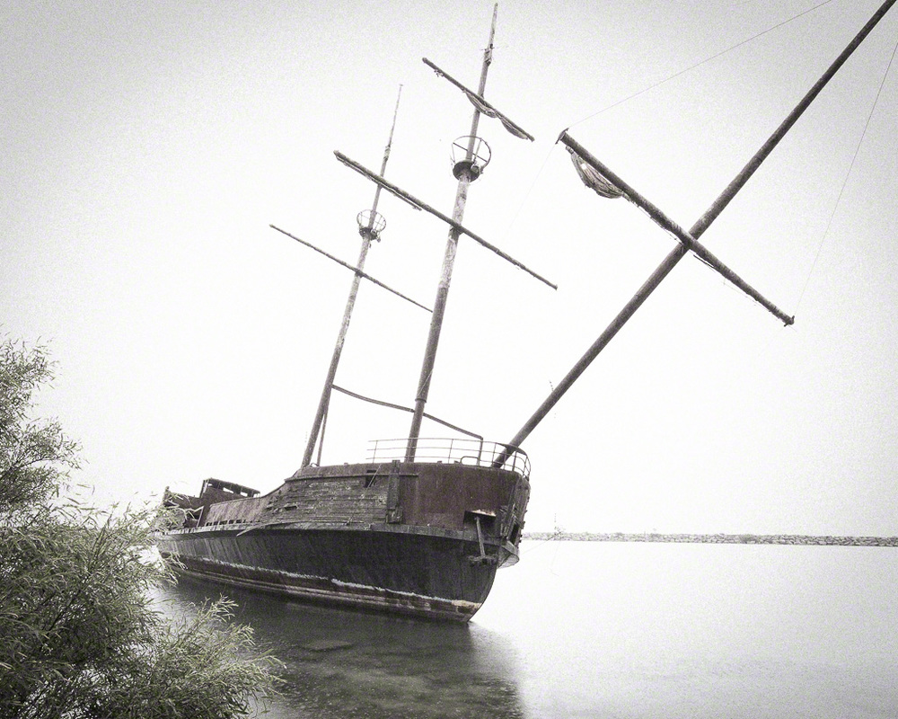 Shipwreck at Jordan Station Ontario.  I'm about 25 feet from the prow