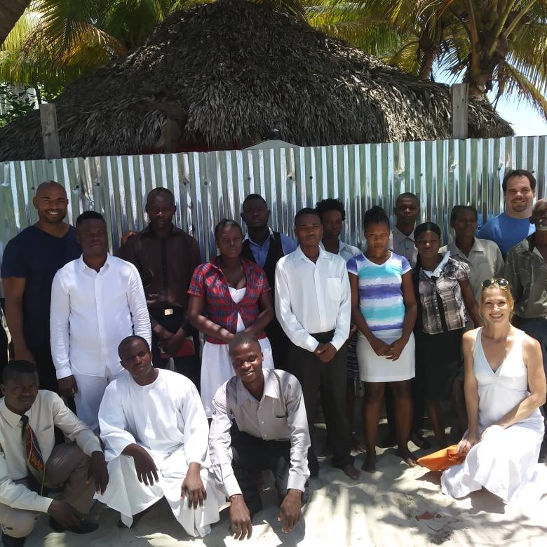 Baptized 24 new believers in April and May, all former vodouists.