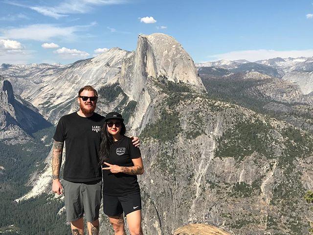 One year ago, tour buds at Yosemite. . . #yosemite #yosemitenationalpark #nationalpark #tourlife #dayoffvibes #nofilter #goplayoutside #explore #explorer #nomad #wanderer #inexile #hiking #mountainvibes #views #roadies #crew #tour #train #mountains #hike