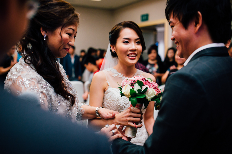 Singapore Wedding Photographer - Joey & Amily Wedding Day (101 of 154).jpg