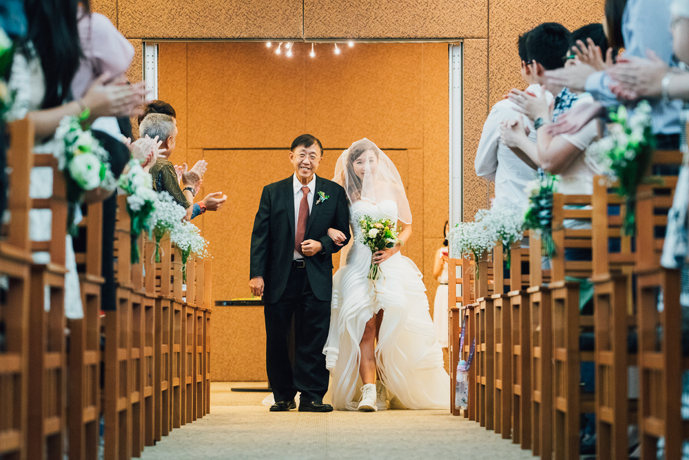 Singapore Wedding Photographer Colin & Lizzy Actual Day Wedding Holy Grace presbyterian church (76 of 127).JPG