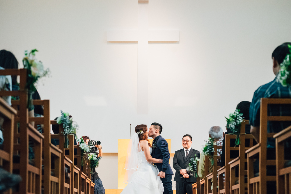 Singapore Wedding Photographer Colin & Lizzy Actual Day Wedding Holy Grace presbyterian church (102 of 127).JPG
