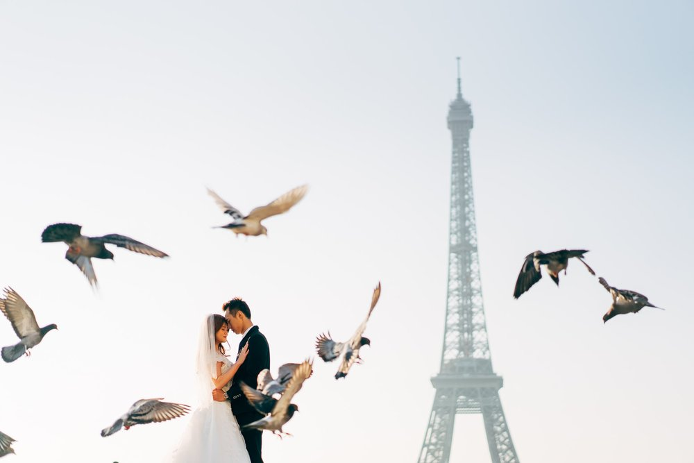 Travel wedding photography in Paris by Chris Chang Photography