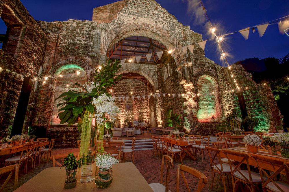 Catering-Panama-Viejo-Setup-2-1024x682.jpg