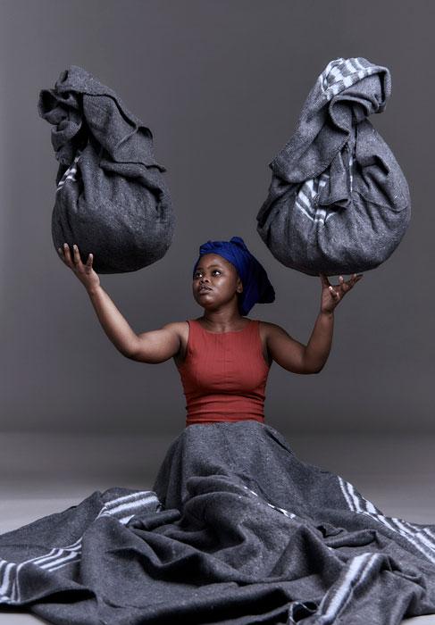 Nobukho Nqaba, Undibizela kuwe I (Conjure), 2016, Art Meets Camera