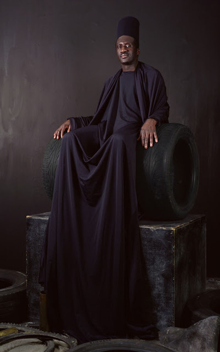 Maimouna Guerresi, Black Throne, 2016, courtesy Mariane Ibrahim Gallery