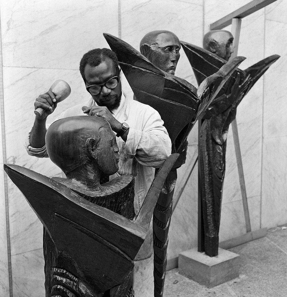 Ben Enwonwu at work, 28th August 1961, photo Arthur Sidey © Mirrorpix