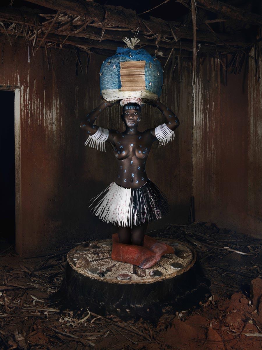 Imelda_Weke_Benin_60x80cm_NamsaLeuba_2017.jpg